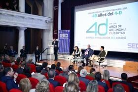 """Encuentros de la SER 40 años del 4-D en la Fundación Cajasol: Soraya Sáenz de Santa María y Juan Manuel Moreno (10) • <a style=""""font-size:0.8em;"""" href=""""http://www.flickr.com/photos/129072575@N05/38507695402/"""" target=""""_blank"""">View on Flickr</a>"""