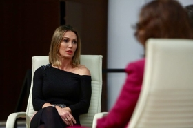 """Mano a Mano: Cristina Sánchez y Carmen Calvo (9) • <a style=""""font-size:0.8em;"""" href=""""http://www.flickr.com/photos/129072575@N05/38535751762/"""" target=""""_blank"""">View on Flickr</a>"""