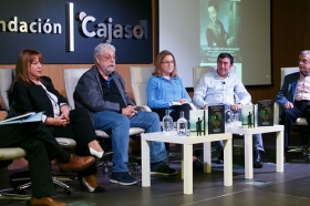 "Jornadas sobre la infancia y la adolescencia 'Ser niña o niño hoy en Andalucía' (5) • <a style=""font-size:0.8em;"" href=""http://www.flickr.com/photos/129072575@N05/38563250012/"" target=""_blank"">View on Flickr</a>"