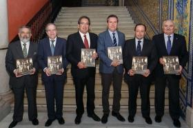 """Presentación del libro 'Un siglo ilusionando' en la Fundación Cajasol (15) • <a style=""""font-size:0.8em;"""" href=""""http://www.flickr.com/photos/129072575@N05/38132600084/"""" target=""""_blank"""">View on Flickr</a>"""
