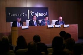 """Presentación del número 153 de la revista Papeles de Economía Española, 'Economía de las ciudades', en la Fundación Cajasol (12) • <a style=""""font-size:0.8em;"""" href=""""http://www.flickr.com/photos/129072575@N05/37879269754/"""" target=""""_blank"""">View on Flickr</a>"""