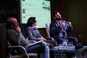 """Fundación Cajasol en un tuit: 'Los límites del derecho y el social media' (9) • <a style=""""font-size:0.8em;"""" href=""""http://www.flickr.com/photos/129072575@N05/38385084036/"""" target=""""_blank"""">View on Flickr</a>"""