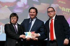 """Entrega de los I Premios DEX en la Fundación Cajasol (12) • <a style=""""font-size:0.8em;"""" href=""""http://www.flickr.com/photos/129072575@N05/38165223555/"""" target=""""_blank"""">View on Flickr</a>"""