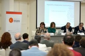 """Seminario 'La seguridad en la cuenca mediterránea: desafíos compartidos' en la Fundación Cajasol (15) • <a style=""""font-size:0.8em;"""" href=""""http://www.flickr.com/photos/129072575@N05/24393145778/"""" target=""""_blank"""">View on Flickr</a>"""
