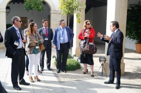 "visita-bodegas-osborne-sara-harmon • <a style=""font-size:0.8em;"" href=""http://www.flickr.com/photos/129072575@N05/38136143531/"" target=""_blank"">View on Flickr</a>"