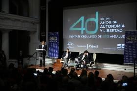 """Encuentros de la SER dedicados a los '40 años del 4-D': Albert Rivera y Juan Marín (13) • <a style=""""font-size:0.8em;"""" href=""""http://www.flickr.com/photos/129072575@N05/38186604935/"""" target=""""_blank"""">View on Flickr</a>"""