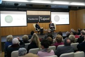 """Ignacio Camacho presenta 'Cataluña, la herida de España', en la Fundación Cajasol (4) • <a style=""""font-size:0.8em;"""" href=""""http://www.flickr.com/photos/129072575@N05/38357023024/"""" target=""""_blank"""">View on Flickr</a>"""