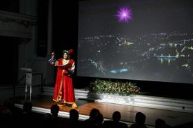 """Estreno del documental del centenario de la cabalgata de los Reyes Magos de Sevilla en la Fundación Cajasol (4) • <a style=""""font-size:0.8em;"""" href=""""http://www.flickr.com/photos/129072575@N05/39002431481/"""" target=""""_blank"""">View on Flickr</a>"""