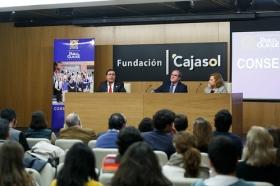 "Conferencia de Ángel Gabilondo en la Fundación Cajasol (2) • <a style=""font-size:0.8em;"" href=""http://www.flickr.com/photos/129072575@N05/38129090404/"" target=""_blank"">View on Flickr</a>"