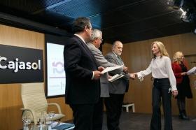 """Clausura IV Programa '100 Caminos al Éxito' en la Fundación Cajasol (4) • <a style=""""font-size:0.8em;"""" href=""""http://www.flickr.com/photos/129072575@N05/39126416981/"""" target=""""_blank"""">View on Flickr</a>"""