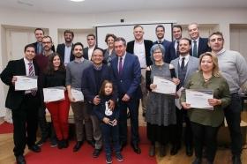 """Entrega de los I Premios TalentoLAB Sevilla en la Fundación Cajasol • <a style=""""font-size:0.8em;"""" href=""""http://www.flickr.com/photos/129072575@N05/39046833781/"""" target=""""_blank"""">View on Flickr</a>"""