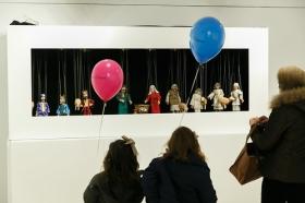 """Exposición 'Belenes del Mundo. Oro, inciensa y mirra' en la Fundación Cajasol • <a style=""""font-size:0.8em;"""" href=""""http://www.flickr.com/photos/129072575@N05/38239049824/"""" target=""""_blank"""">View on Flickr</a>"""