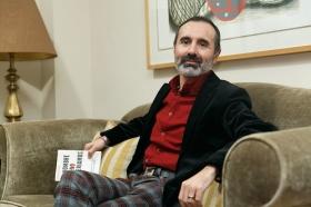 """Presentación del libro 'El hombre que no deberíamos ser' en Sevilla • <a style=""""font-size:0.8em;"""" href=""""http://www.flickr.com/photos/129072575@N05/26257695328/"""" target=""""_blank"""">View on Flickr</a>"""