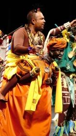 "Gala de Carnaval 2018 en el Teatro Villamarta (7) • <a style=""font-size:0.8em;"" href=""http://www.flickr.com/photos/129072575@N05/25483786367/"" target=""_blank"">View on Flickr</a>"