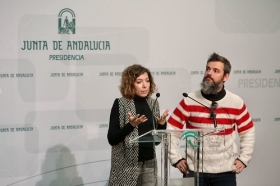 "Presentación del documental 'Un ideal andaluz' (13) • <a style=""font-size:0.8em;"" href=""http://www.flickr.com/photos/129072575@N05/38993467694/"" target=""_blank"">View on Flickr</a>"