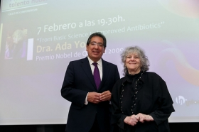 "Programa Talento Nobel 2018: Ada Yonath (22) • <a style=""font-size:0.8em;"" href=""http://www.flickr.com/photos/129072575@N05/39438028704/"" target=""_blank"">View on Flickr</a>"