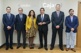 """Jornada 'La Financiación de las Comunidades Autónomas. Un debate necesario' en la Fundación Cajasol • <a style=""""font-size:0.8em;"""" href=""""http://www.flickr.com/photos/129072575@N05/39651294534/"""" target=""""_blank"""">View on Flickr</a>"""