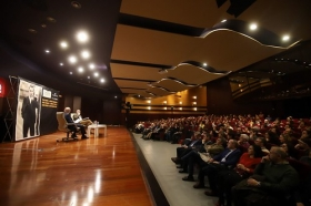 "Jornada 'Chaves Nogales en Córdoba' (36) • <a style=""font-size:0.8em;"" href=""http://www.flickr.com/photos/129072575@N05/38576681540/"" target=""_blank"">View on Flickr</a>"