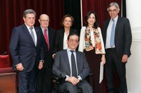 "Entrega del VIII Premio Ángel Olavarría en la Fundación Cajasol (13) • <a style=""font-size:0.8em;"" href=""http://www.flickr.com/photos/129072575@N05/26257698678/"" target=""_blank"">View on Flickr</a>"