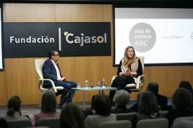 "Aula de Cultura de ABC en Sevilla: Luz Gabás (2) • <a style=""font-size:0.8em;"" href=""http://www.flickr.com/photos/129072575@N05/40650694321/"" target=""_blank"">View on Flickr</a>"