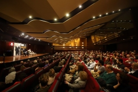 "Jornada 'Chaves Nogales en Córdoba' (35) • <a style=""font-size:0.8em;"" href=""http://www.flickr.com/photos/129072575@N05/38576681410/"" target=""_blank"">View on Flickr</a>"