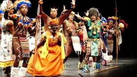 "Gala de Carnaval 2018 en el Teatro Villamarta (6) • <a style=""font-size:0.8em;"" href=""http://www.flickr.com/photos/129072575@N05/39644897294/"" target=""_blank"">View on Flickr</a>"