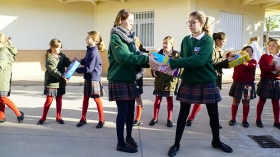 """Andaluces Compartiendo 2017: Colegios Guadalete y Grazalema (11) • <a style=""""font-size:0.8em;"""" href=""""http://www.flickr.com/photos/129072575@N05/38324559045/"""" target=""""_blank"""">View on Flickr</a>"""