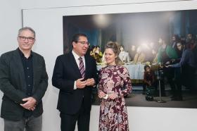 "Exposición 'Murillo fotógrafo' en la Fundación Cajasol (14) • <a style=""font-size:0.8em;"" href=""http://www.flickr.com/photos/129072575@N05/39414101515/"" target=""_blank"">View on Flickr</a>"