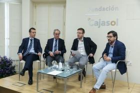 """Jornada 'La Financiación de las Comunidades Autónomas. Un debate necesario' en la Fundación Cajasol (5) • <a style=""""font-size:0.8em;"""" href=""""http://www.flickr.com/photos/129072575@N05/40316733742/"""" target=""""_blank"""">View on Flickr</a>"""