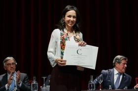 "Entrega del VIII Premio Ángel Olavarría en la Fundación Cajasol • <a style=""font-size:0.8em;"" href=""http://www.flickr.com/photos/129072575@N05/26257696868/"" target=""_blank"">View on Flickr</a>"