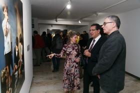 "Exposición 'Murillo fotógrafo' en la Fundación Cajasol (4) • <a style=""font-size:0.8em;"" href=""http://www.flickr.com/photos/129072575@N05/38502316830/"" target=""_blank"">View on Flickr</a>"
