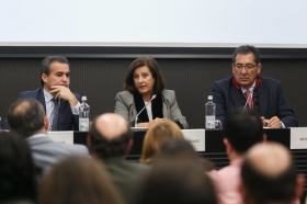 "Entrega de 'Ayudas a proyectos de iniciativas sociales en Andalucía 2017' (9) • <a style=""font-size:0.8em;"" href=""http://www.flickr.com/photos/129072575@N05/27438223669/"" target=""_blank"">View on Flickr</a>"