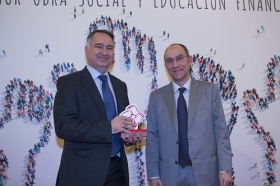 "Entrega de premios 2017 revista 'Actualidad Económica' (6) • <a style=""font-size:0.8em;"" href=""http://www.flickr.com/photos/129072575@N05/24270588647/"" target=""_blank"">View on Flickr</a>"