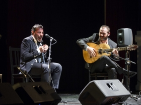 "Jueves Flamencos 2018: Pedro 'El Granaíno' y Antonio Reyes (3) • <a style=""font-size:0.8em;"" href=""http://www.flickr.com/photos/129072575@N05/40249530412/"" target=""_blank"">View on Flickr</a>"