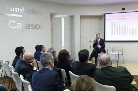 """Jornada 'La Financiación de las Comunidades Autónomas. Un debate necesario' en la Fundación Cajasol (13) • <a style=""""font-size:0.8em;"""" href=""""http://www.flickr.com/photos/129072575@N05/40316735622/"""" target=""""_blank"""">View on Flickr</a>"""