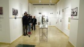 "Exposición 'Paco Alba 1918-2018' en la Fundación Cajasol (14) • <a style=""font-size:0.8em;"" href=""http://www.flickr.com/photos/129072575@N05/26112983818/"" target=""_blank"">View on Flickr</a>"