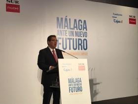 "Foro SUR 'Málaga ante un nuevo futuro': Álvaro Nadal (8) • <a style=""font-size:0.8em;"" href=""http://www.flickr.com/photos/129072575@N05/26778607598/"" target=""_blank"">View on Flickr</a>"