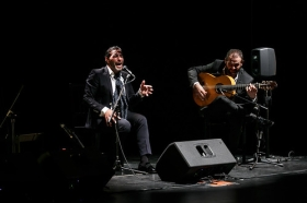 "Jueves Flamencos 2018: Pedro 'El Granaíno' y Antonio Reyes (15) • <a style=""font-size:0.8em;"" href=""http://www.flickr.com/photos/129072575@N05/25423406087/"" target=""_blank"">View on Flickr</a>"
