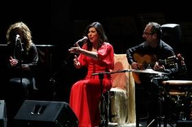 """Jueves Flamencos de la Fundación Cajasol en Sevilla: María José Pérez (36) • <a style=""""font-size:0.8em;"""" href=""""http://www.flickr.com/photos/129072575@N05/40435158621/"""" target=""""_blank"""">View on Flickr</a>"""