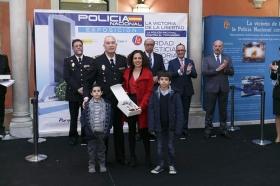 """Exposición 'La victoria de la libertad: la Policía Nacional contra el terrorismo' en Sevilla (8) • <a style=""""font-size:0.8em;"""" href=""""http://www.flickr.com/photos/129072575@N05/25834367407/"""" target=""""_blank"""">View on Flickr</a>"""