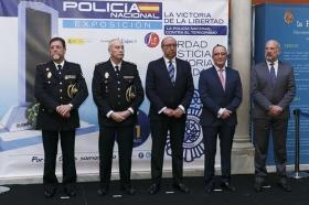 """Exposición 'La victoria de la libertad: la Policía Nacional contra el terrorismo' en Sevilla • <a style=""""font-size:0.8em;"""" href=""""http://www.flickr.com/photos/129072575@N05/25834366667/"""" target=""""_blank"""">View on Flickr</a>"""