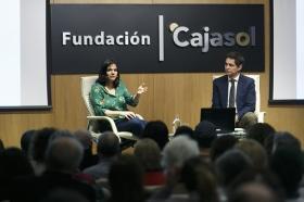 """Presentación del libro 'Recetas para vivir con salud' de Odile Fernández, en la Fundación Cajasol (3) • <a style=""""font-size:0.8em;"""" href=""""http://www.flickr.com/photos/129072575@N05/25834368857/"""" target=""""_blank"""">View on Flickr</a>"""