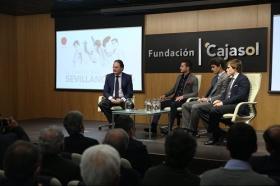 """Charla 'El cartel más sevillano' en la Fundación Cajasol (13) • <a style=""""font-size:0.8em;"""" href=""""http://www.flickr.com/photos/129072575@N05/39020291760/"""" target=""""_blank"""">View on Flickr</a>"""