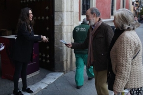 "Entrega del 'Gota a Gota de Pasión' 2018 en Sevilla (8) • <a style=""font-size:0.8em;"" href=""http://www.flickr.com/photos/129072575@N05/39127097390/"" target=""_blank"">View on Flickr</a>"