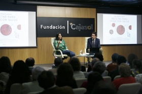 """Presentación del libro 'Recetas para vivir con salud' de Odile Fernández, en la Fundación Cajasol (6) • <a style=""""font-size:0.8em;"""" href=""""http://www.flickr.com/photos/129072575@N05/40705849961/"""" target=""""_blank"""">View on Flickr</a>"""