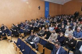 """Jornada 'La sostenibilidad en la empresa y la competitividad. Una visión estratégica para hacer frente al cambio climático' (18) • <a style=""""font-size:0.8em;"""" href=""""http://www.flickr.com/photos/129072575@N05/39026794140/"""" target=""""_blank"""">View on Flickr</a>"""