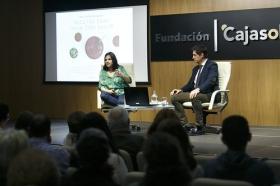 """Presentación del libro 'Recetas para vivir con salud' de Odile Fernández, en la Fundación Cajasol (9) • <a style=""""font-size:0.8em;"""" href=""""http://www.flickr.com/photos/129072575@N05/40705850371/"""" target=""""_blank"""">View on Flickr</a>"""