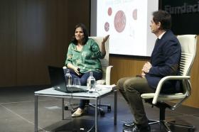 """Presentación del libro 'Recetas para vivir con salud' de Odile Fernández, en la Fundación Cajasol (11) • <a style=""""font-size:0.8em;"""" href=""""http://www.flickr.com/photos/129072575@N05/40705850831/"""" target=""""_blank"""">View on Flickr</a>"""