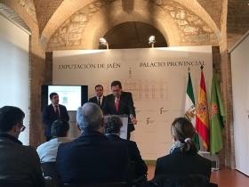"""Presentación del I Premio Internacional 'Diario Jaén' de Poesía (7) • <a style=""""font-size:0.8em;"""" href=""""http://www.flickr.com/photos/129072575@N05/40785127321/"""" target=""""_blank"""">View on Flickr</a>"""