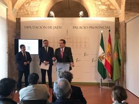 """Presentación del I Premio Internacional 'Diario Jaén' de Poesía (8) • <a style=""""font-size:0.8em;"""" href=""""http://www.flickr.com/photos/129072575@N05/25913775607/"""" target=""""_blank"""">View on Flickr</a>"""